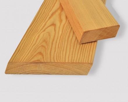 Ромбус (планкен скошенный) из лиственницы сибирской для ограждений